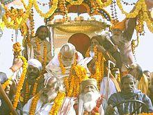 Char de procession pour le pélerinage de la Kumbhamela, en 2001