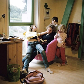 Photographie de Marion Poussier, exposition famille, 2011, prix de photographie de l'Académie des beaux-arts 2010