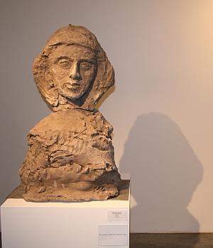Sculpture de Damien Cabanes,  Judith, Biennale de Sculpture de Yerres, septembre 2011