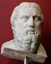 Hérodote est né vers 484 ou 482 av. J.-C et mort vers 420 av. J.-C.