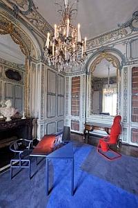 Exposition 4 siècles de création, le château de Versailles raconte le mobilier national, 2011