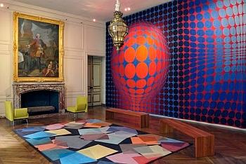 Exposition   4 siècles de  création, le château de Versailles raconte le mobilier national , 2011