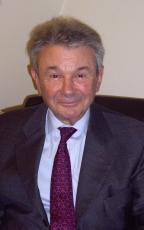 Jean-Paul Tillement, de l'Académie nationale de médecine