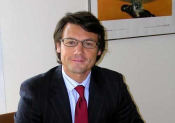 Emmanuel Toniutti est Président de l'International Ethics Consulting Group (IECG) depuis 2005