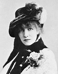 Sarah Bernhardt (1844-1923), portrait par Napoleon Sarony