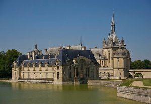 Le château de Chantilly, où Condé avait installé sa cour composée d'«un entourage choisi»