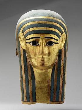 Masque funéraire d'Ânkhemmaât IVe siècle avant notre ère   Cartonnage stuqué, peint et doré 36 cm (H), 21,5 cm (L), 29 cm (P) Collection privée