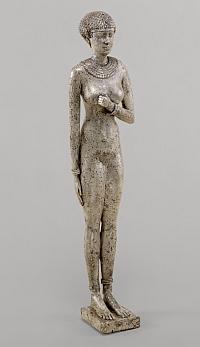 Autre figure féminine nue XXVIe dynastie, règne de Néchao II Argent, 24 cm (H), 5,6 cm (L), 5,4 cm (P) New York, The Metropolitan Museum of Art, Theodore M.Davis Collection, Bequest of Theodore M.Davis, 1915