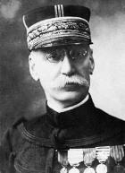 Le Maréchal Galliéni (1849-1916). Joffre fut sous son commandement. Il était alors Colonel.