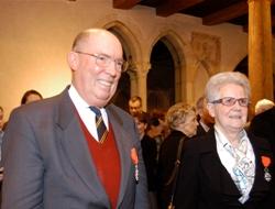 Jeanne-Marie Demarolle en compagnie d'André Laronde, de l'Académie des inscsriptions et belles-lettres.