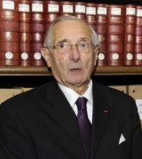 Jean-Pierre Babelon de l'Académie des inscriptions et belles-lettres