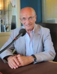 Giovanni Dotoli dans les studios de Canal Académie