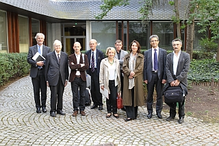 De gauche à droite: Stéphan Chenderoff, administrateur, Jean Mesnard,  Jérôme Sackur,  Jacques Paugam,  Marie-France Hirigoyen,  Pierre-Marie Morel, Christiane Rancé,  Marc Piévic, Pierre Guénancia