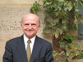 Bernard Le Buanec, coordinateur de l'ouvrage  Le tout bio est-il possible? et membre de l'Académie d'agriculture de France